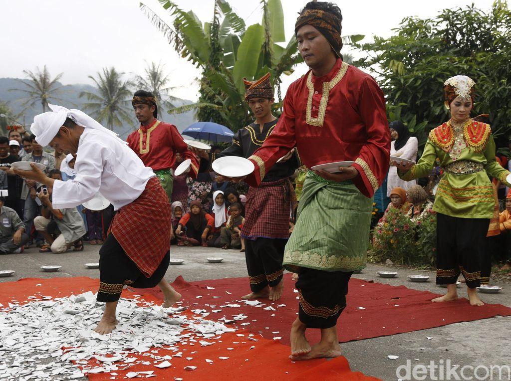 Promosi Budaya, Pariaman Hadirkan Kesenian Minang Tiap Weekend