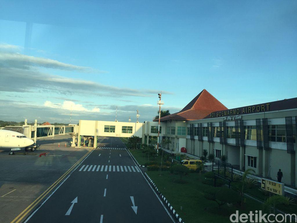 Video Bandara Solo Kembali Buka, Penerbangan Belum Normal