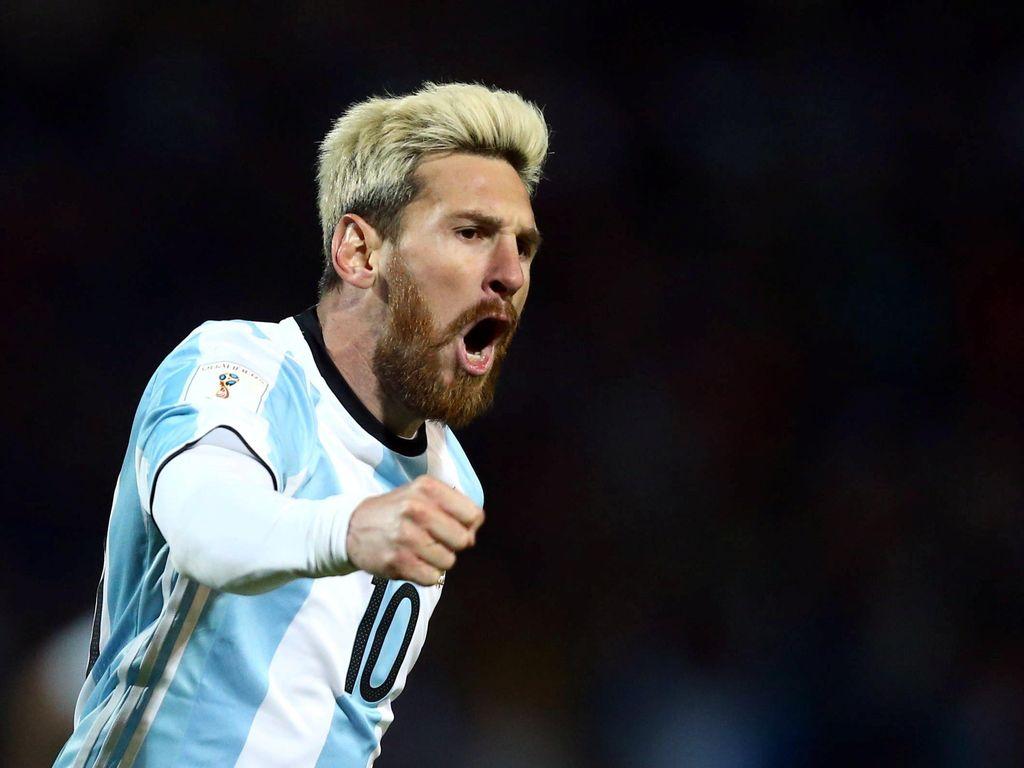 Messi Menangkan Argentina atas Uruguay
