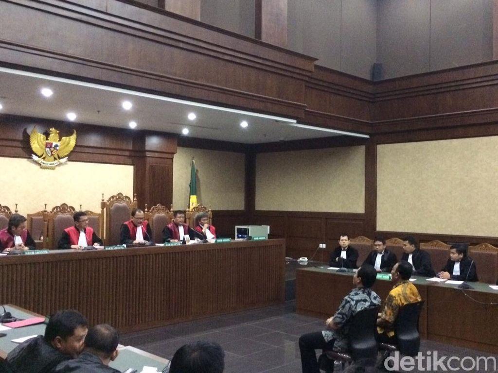 Beri Janji ke Kajati DKI, 2 Pejabat PT Brantas Dihukum 2,5 dan 3 Tahun Penjara