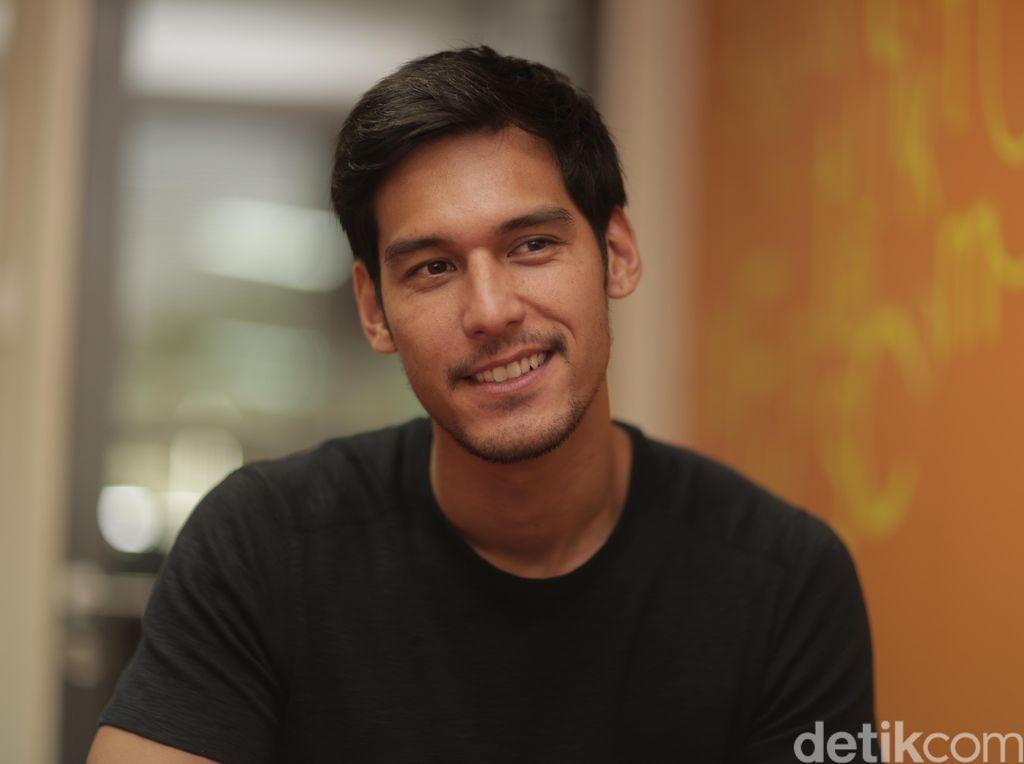 Dikabarkan Putus dari Jessica Iskandar, Richard Kyle Gandeng Cewek Lain