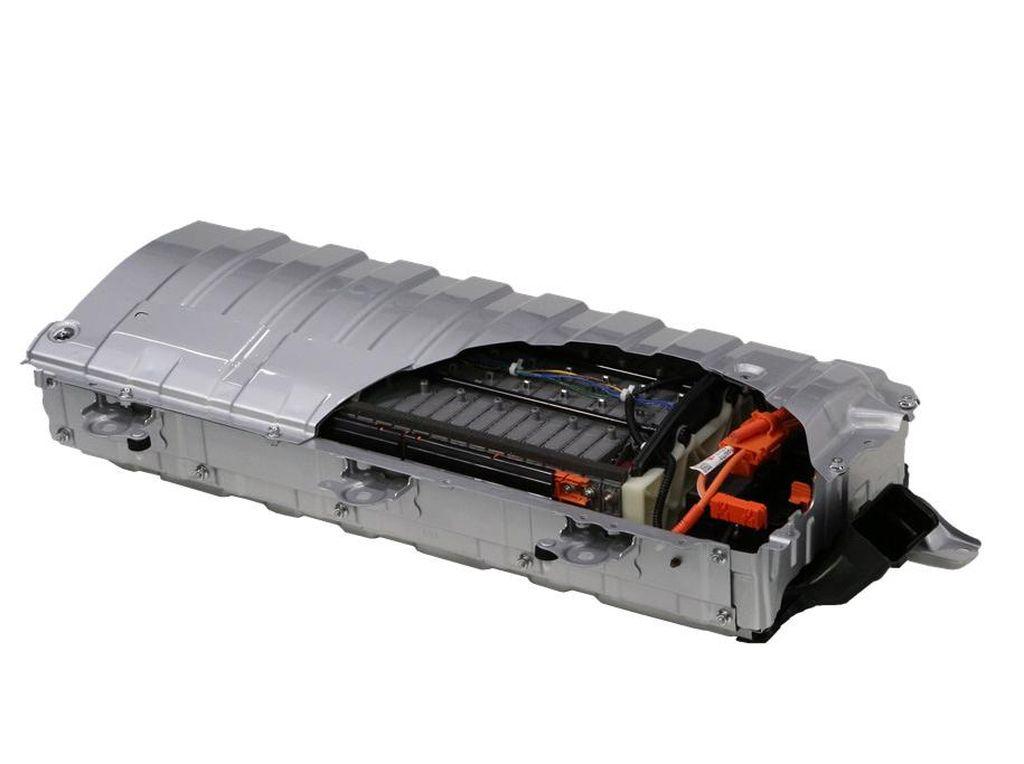 Menerka Pengolahan Limbah Baterai Mobil Listrik di Indonesia