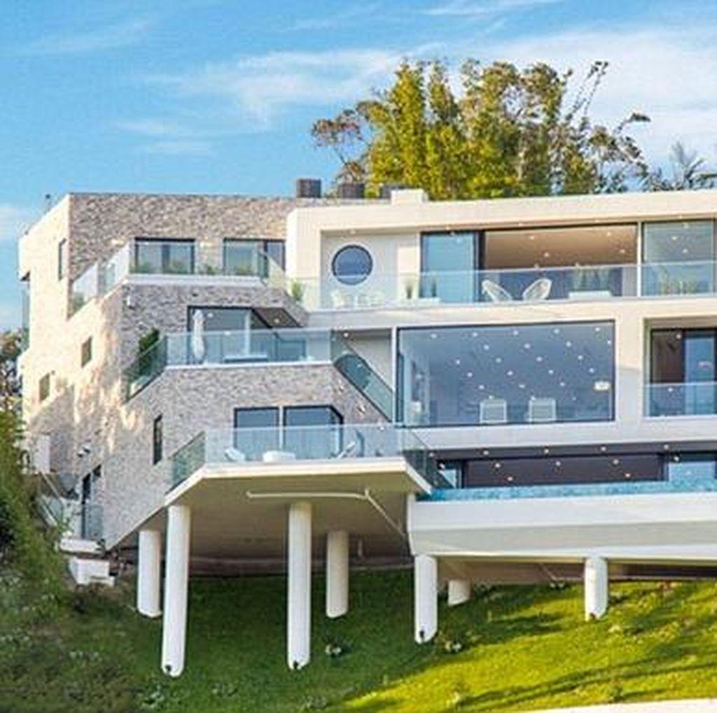 Sukses Jadi Penulis, Ini Rumah Mewah E.L. James Senilai Rp 95,5 Miliar