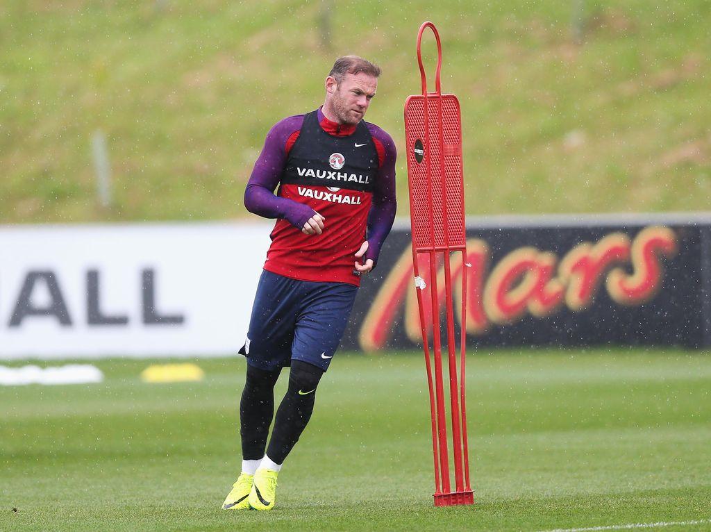 Beckham Dukung Rooney untuk Terus Bela Timnas