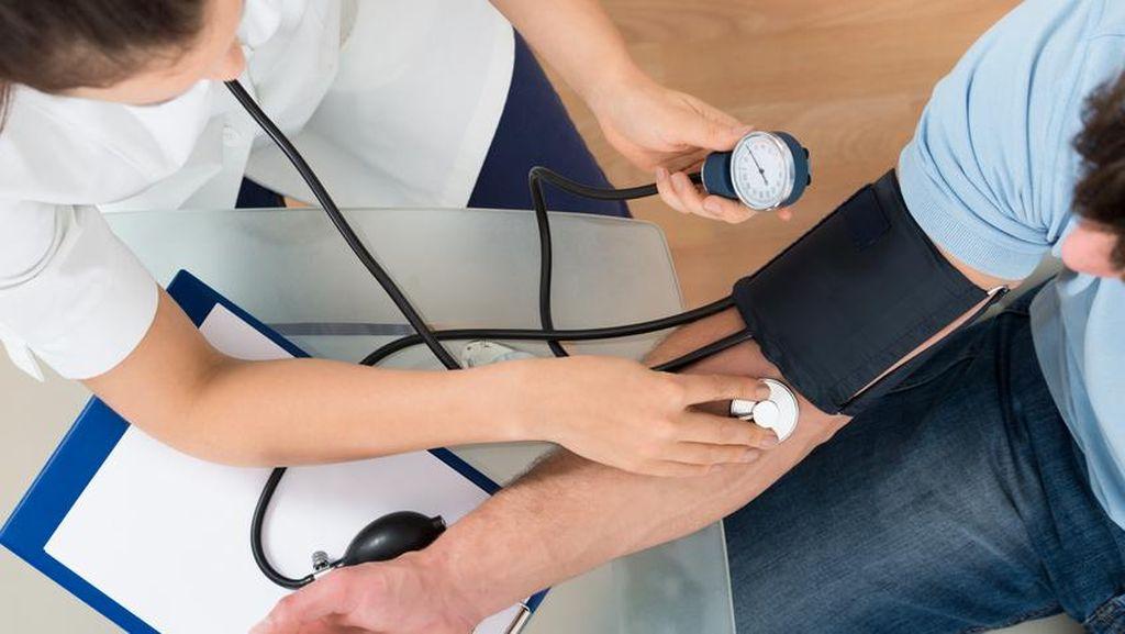 Tekanan Darah 130 Tergolong Hipertensi, Ini Cara Menurunkannya