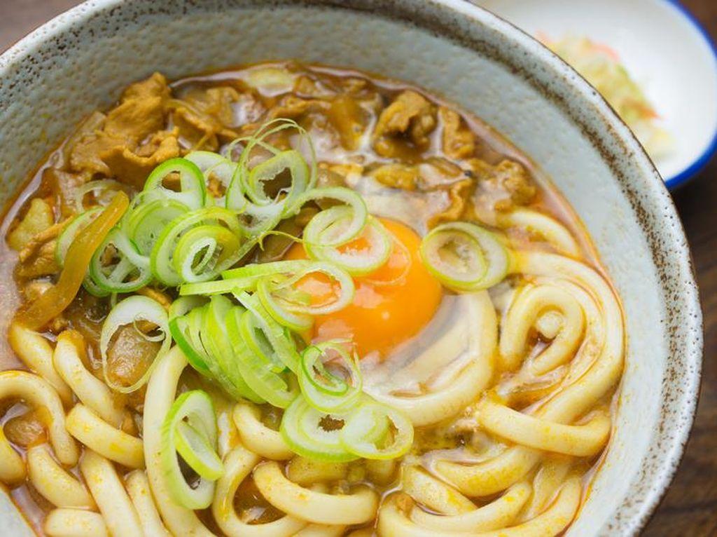 Kalori Udon dan Resep Sederhana Membuatnya di Rumah