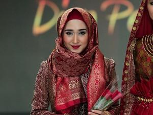 5 Desainer Hijab yang Bersinar di 2016