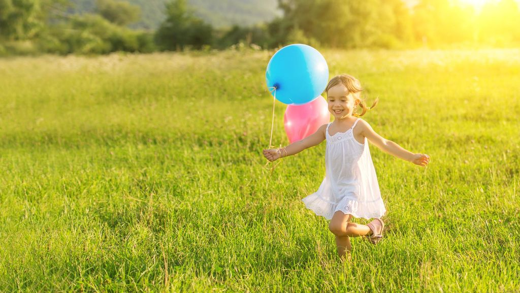 Yuk Main di Luar! Sinar Matahari Sehatkan Mata dan Cegah Mata Minus