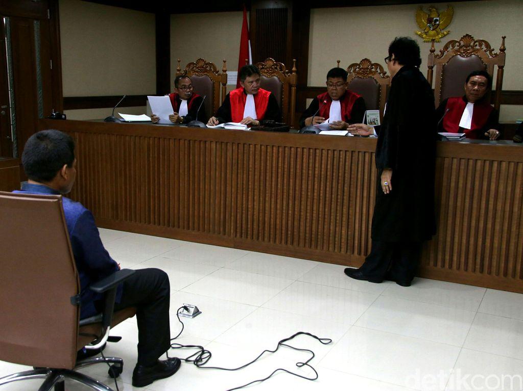 Cerita Saksi Kirim Uang Rp 100 Juta ke Rohadi untuk Bantu Bayar Utang