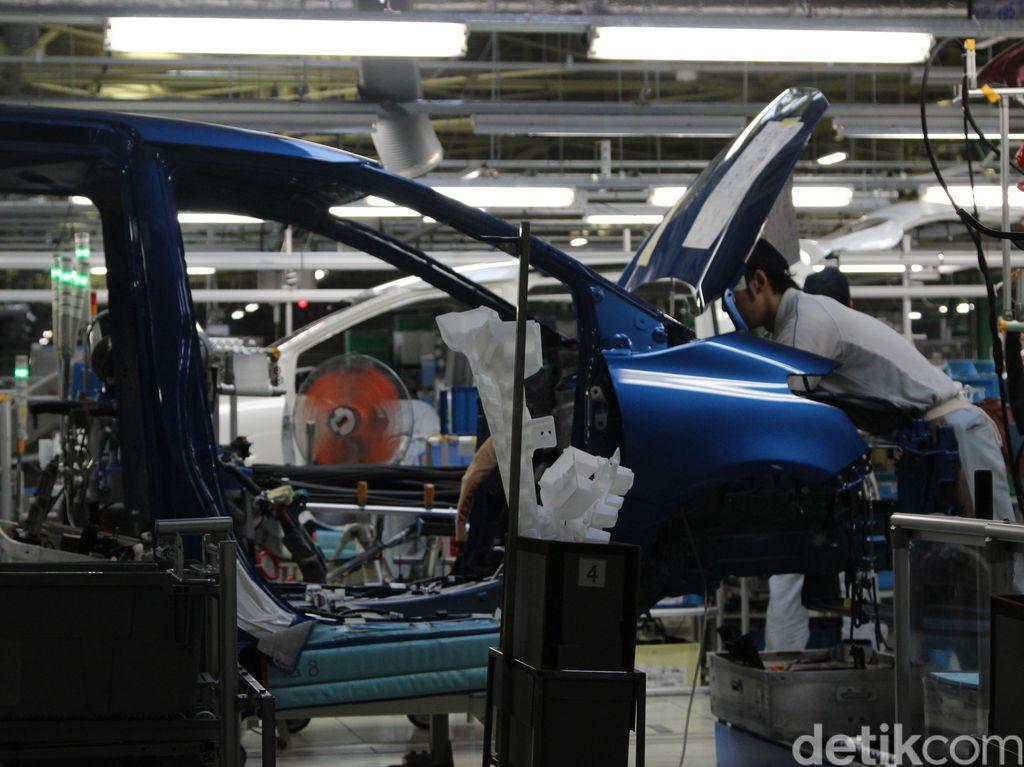 Harap Bersabar! Produksi Mobil Jepang Dipangkas 1 Juta Unit karena Krisis Chip