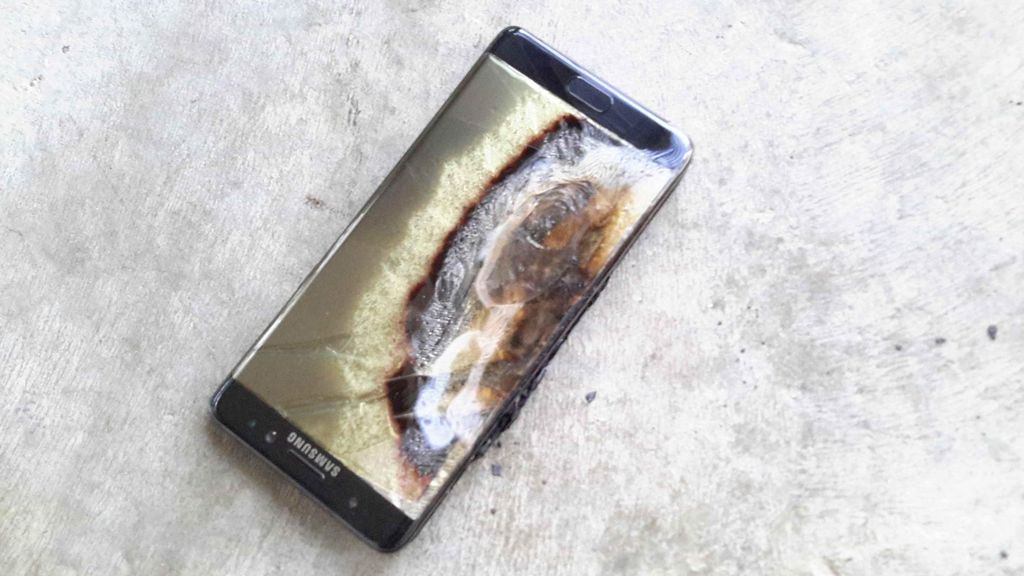 Aduh! Galaxy S7 Meledak Bakar Tangan