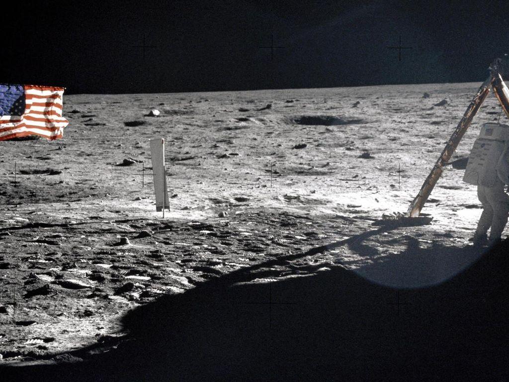 Tweet Trump Soal Bulan Membingungkan, NASA Beri Penjelasan