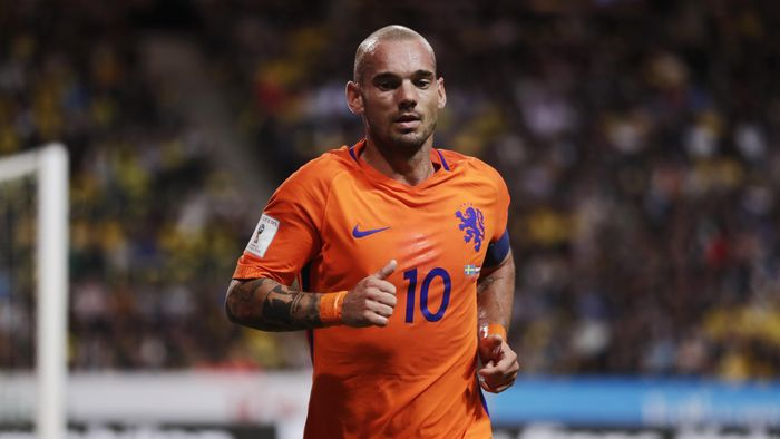 SOLNA, SWEDEN - SEPTEMBER 06: Wesley Sneijder of Netherlands during the FIFA World Cup Qualifier between Sweden and Netherlands at Friends arena on September 6, 2016 in Solna, Sweden. (Photo by Nils Petter Nilsson/Ombrello/Getty Images)