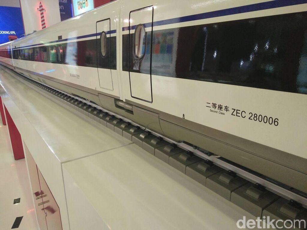 Beda Stasiun, Kereta Cepat JKT-BDG dan LRT Tak Bersinggungan