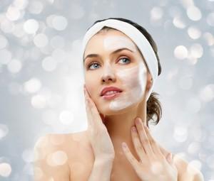 Jangan Dibuang! Manfaatkan Kulit Pisang dan Pepaya untuk Masker Wajah Alami (2)