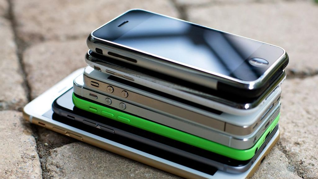 Evolusi 15 Varian iPhone