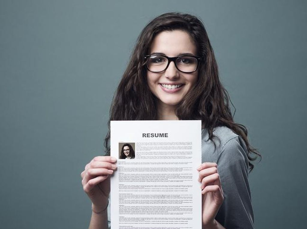 7 Cara Membuat CV yang Menarik dan Kreatif, Dijamin Curi Perhatian HRD