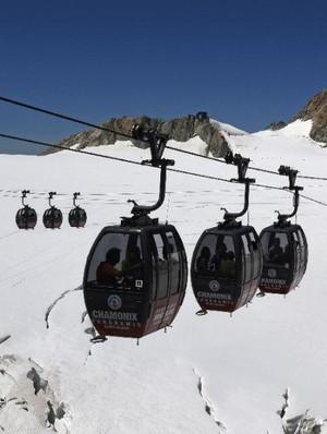 Kronologi Meninggalnya Syahrie yang Dihantam Badai Mont Blanc Italia