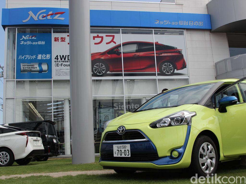 Melihat Diler Terbesar Toyota di Sendai Jepang