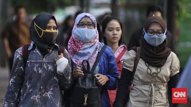 Curhat Pekerja Jakarta Tetap Bekerja di Tengah Ancaman Corona
