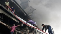 Pabrik Bangladesh Dilanda Kebakaran Hebat, 21 Orang Tewas