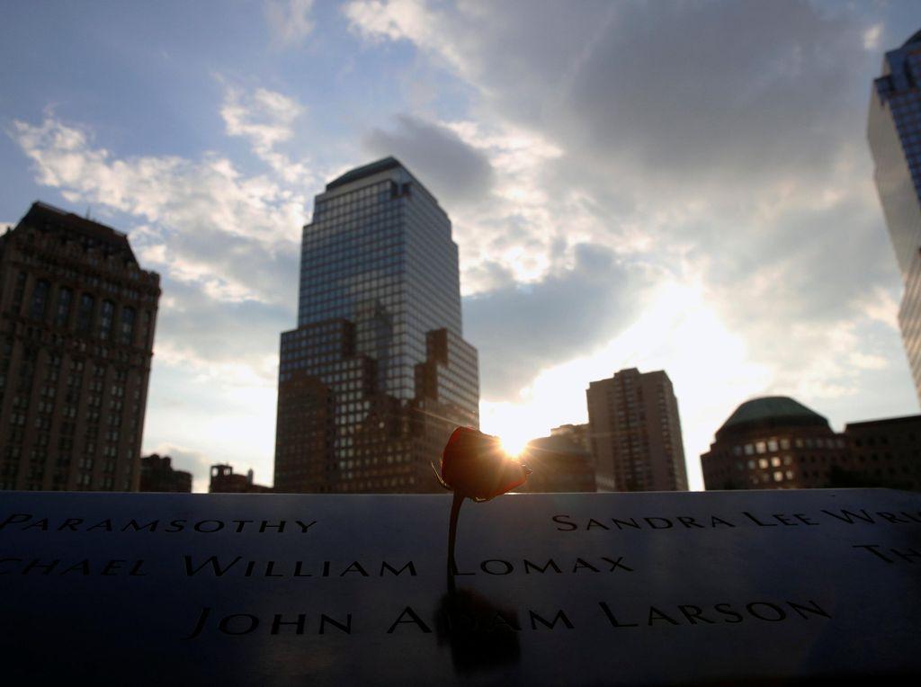 Peringatan Tragedi 9/11, Sekolah-sekolah di New York Wajib Heningkan Cipta
