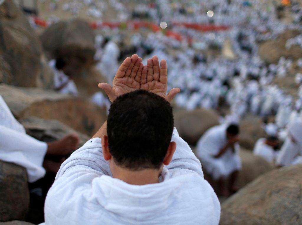 Arafah Pasca Angin Kencang, Jemaah Tenang Bersiap Wukuf