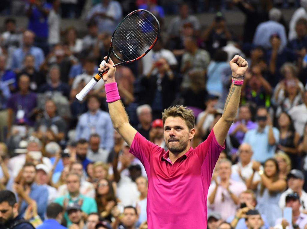 Duel Nyaris 4 Jam, Wawrinka Juara AS Terbuka Usai Kalahkan Djokovic