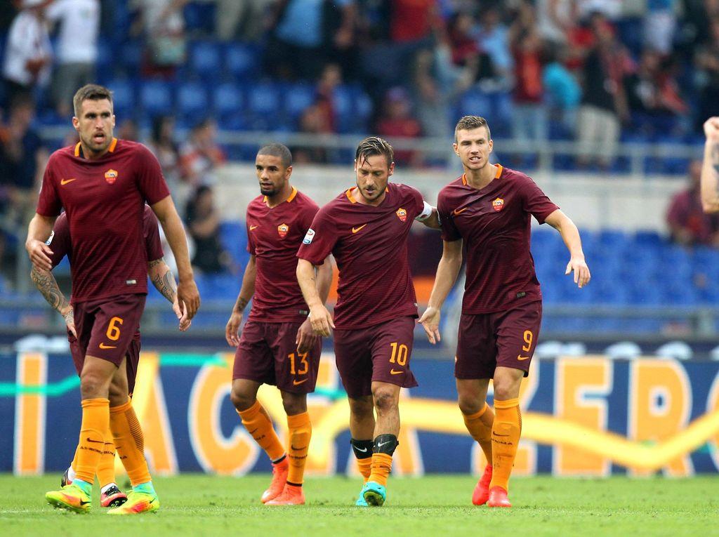 Perubahan Taktik Menjadi Kunci Kemenangan Dramatis Roma