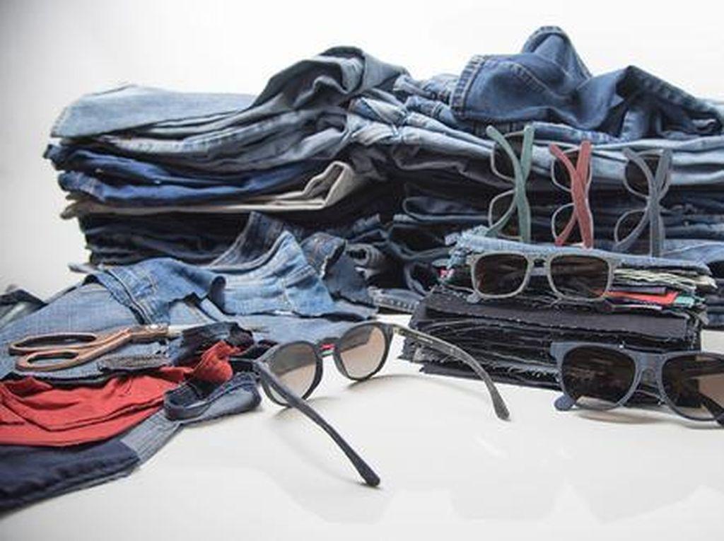 Unik dan Ramah Lingkungan, Kacamata Ini Dibuat dari Jeans Bekas