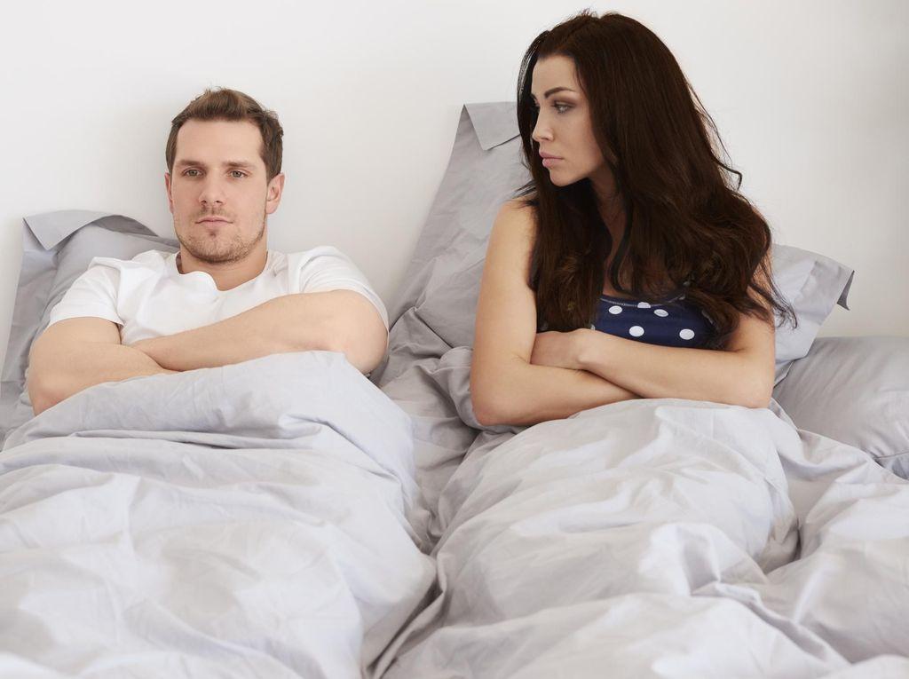 Malas Bercinta Karena Miss V Istri Selalu Keputihan