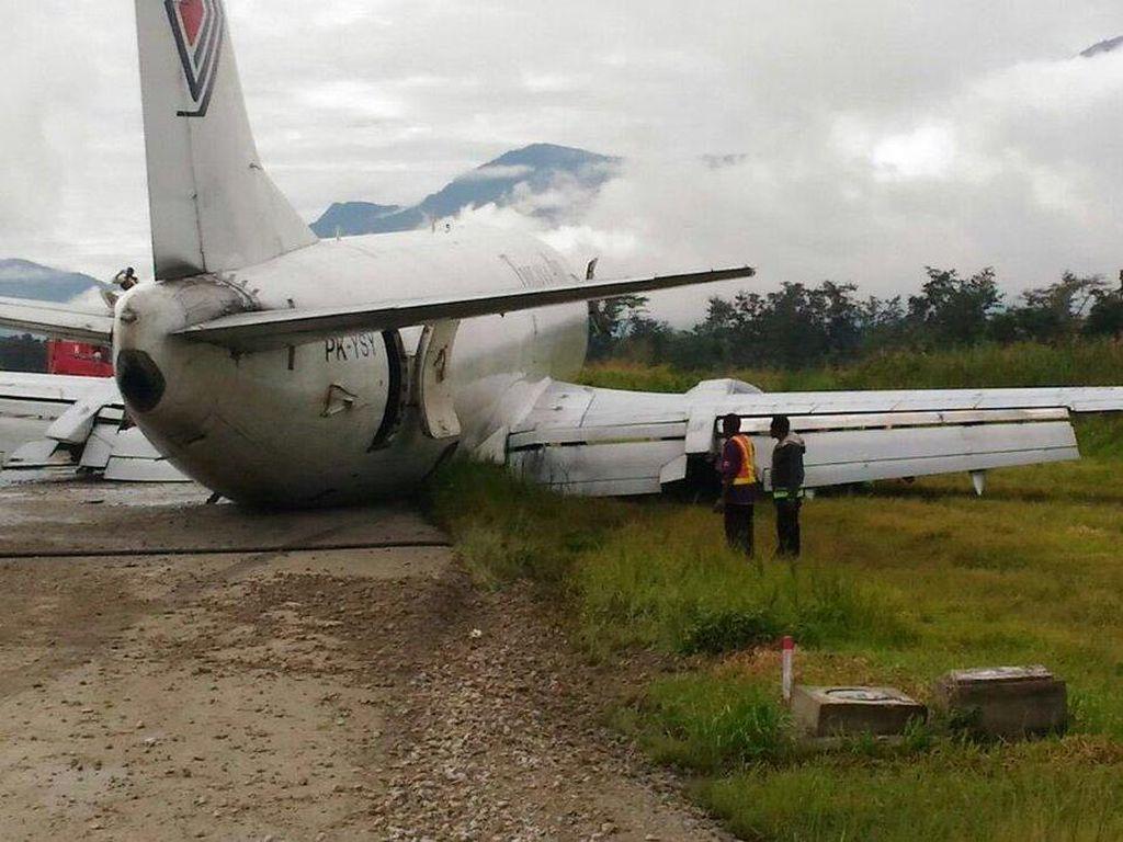 Video Detik-detik Trigana Air Tergelincir di Bandara Wamena