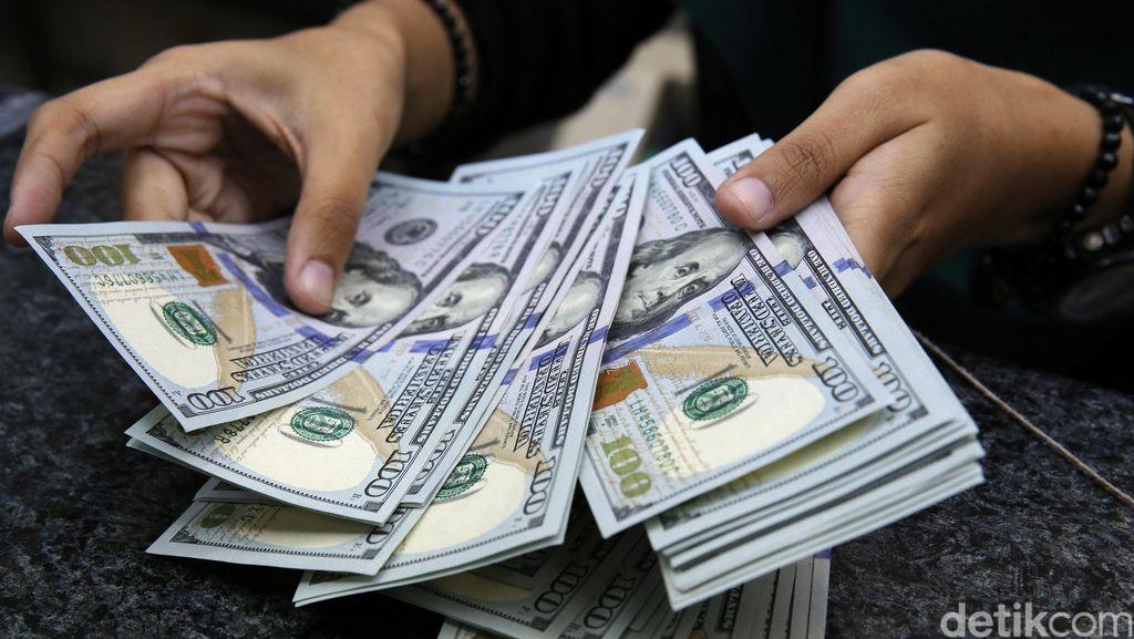 Ini yang Bikin Dolar AS Keok ke Rp 13.200