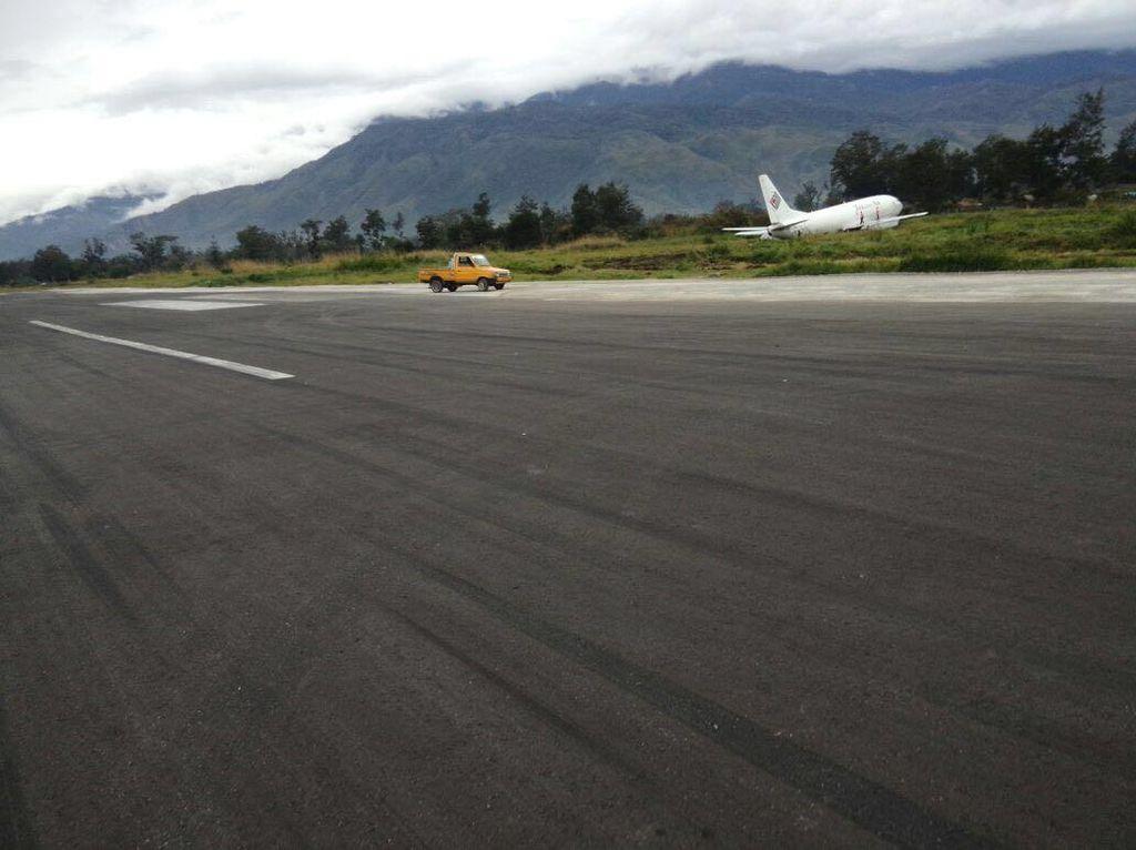 Pesawat Trigana Air Berhasil Dievakuasi dari Runway, Bandara Wamena Dibuka