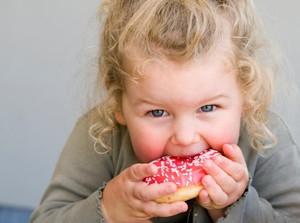 Studi: Anak-anak yang Konsumsi Gula Berlebih Rentan Alami Obesitas