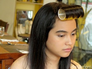 Rachel Amanda Potong Rambut Demi Trinity, The Nekad Traveler