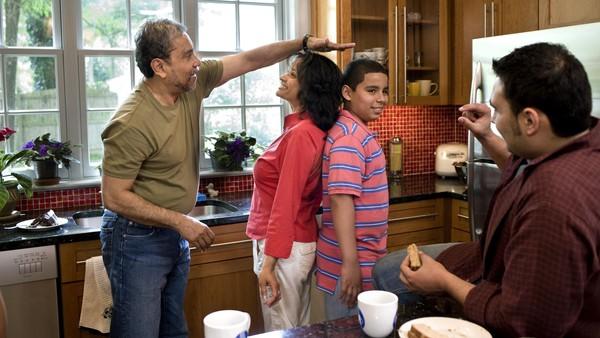 Ilustrasi keluarga sedarah yang bisa termasuk incest jika melakukan hubungan seksual. Foto: Thinkstock