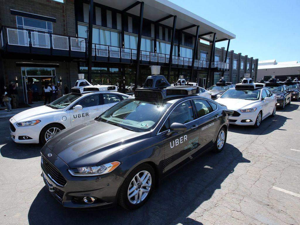 Siapa Mau Naik Mobil Tanpa Sopir Uber?
