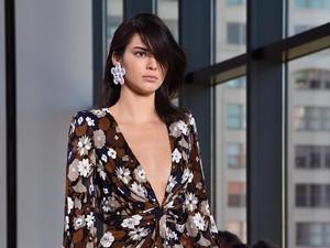 Kini Kembali Eksis, Kendall Jenner Hanya 1 Minggu Hapus Akun Instagram