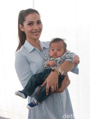 Cerita Anak Bungsu Nadia Mulya, Kecil-kecil Doyan Lalapan