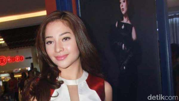Nikita Willy Makin Seksi