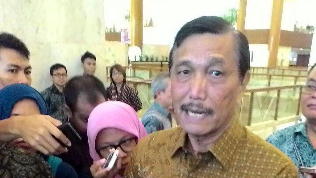 Luhut Minta Pengembangan Pelabuhan di Timur Sumatera Dimulai 2017