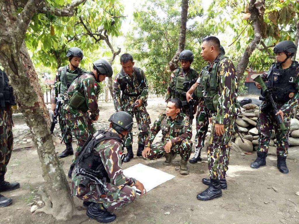 Satu Prajurit Tewas di Poso, TNI: Kami Buru Kelompok Santoso Sampai Tuntas!