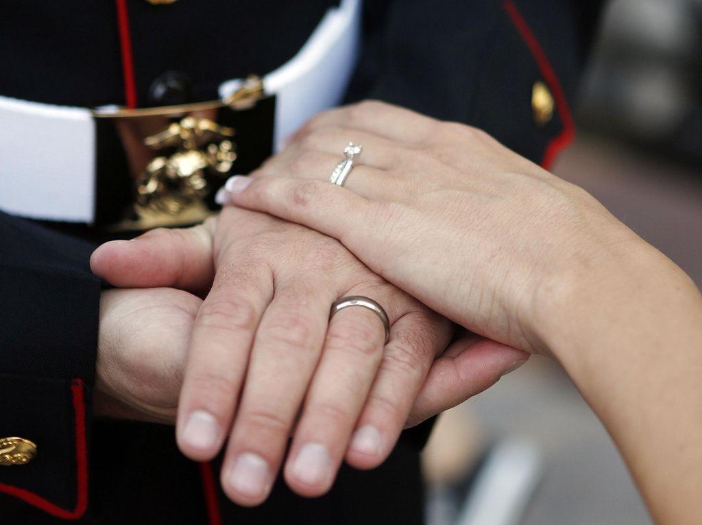 Kata MUI soal Gugatan Larangan Perkawinan dengan Teman Sekantor