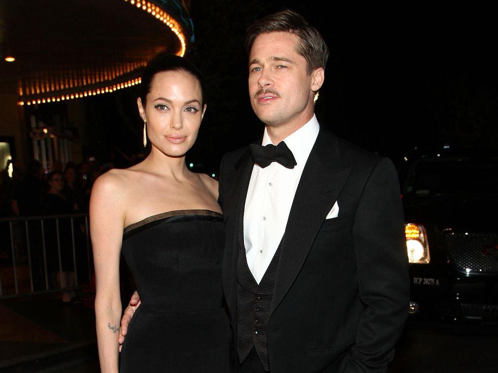 Brad Pitt Berhenti Konsumsi Alkohol, Jolie Tahan Perkara Cerai