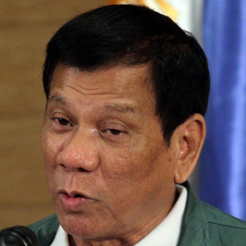 Bercakap Via Telepon dengan Trump, Duterte Diundang ke Gedung Putih