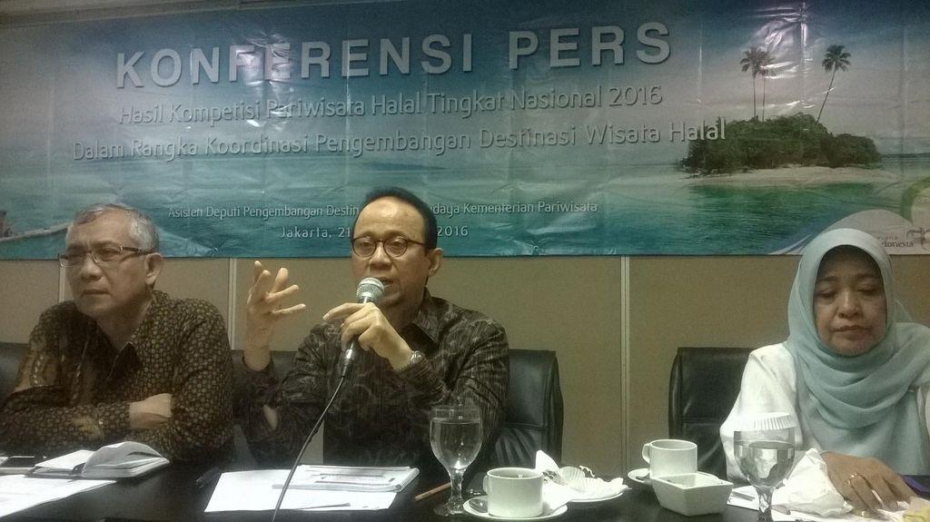 Ini Dia 15 Destinasi Halal Terbaik di Indonesia