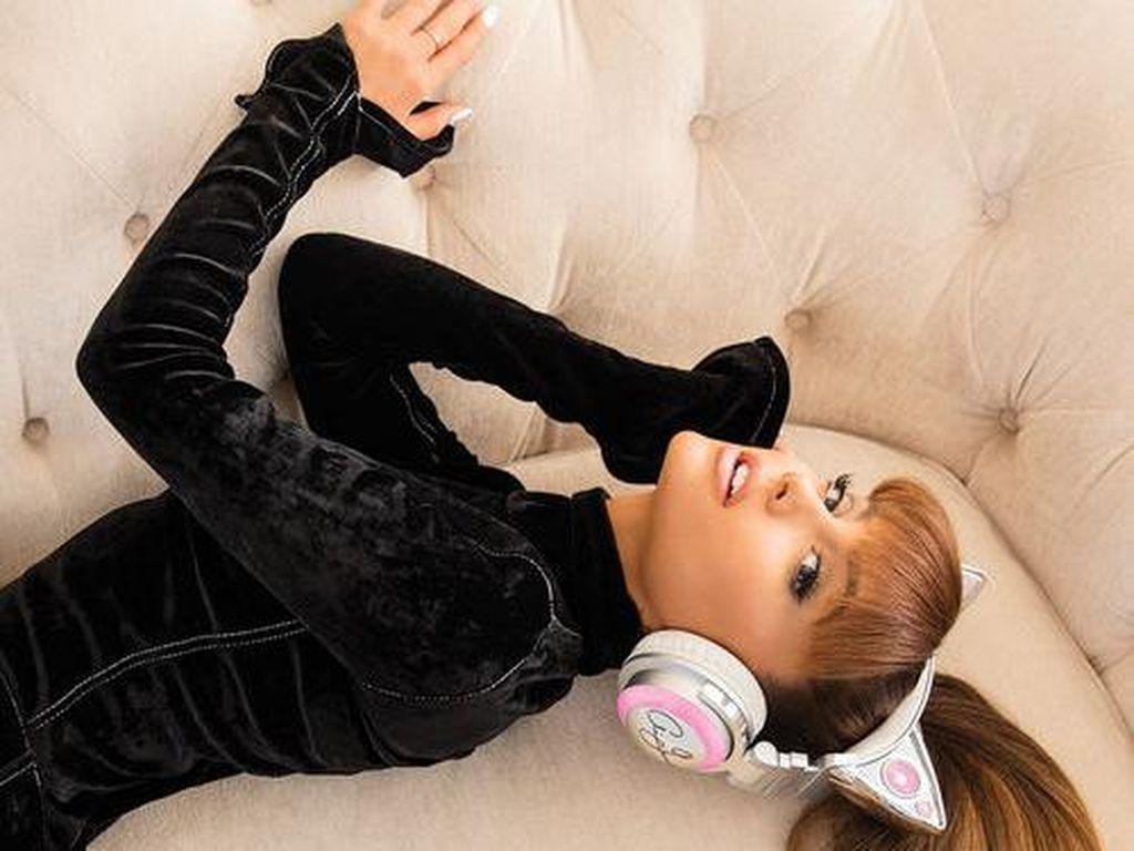 Ada Ledakan di Konser Manchester, Ariana Grande Batalkan Konser di London?