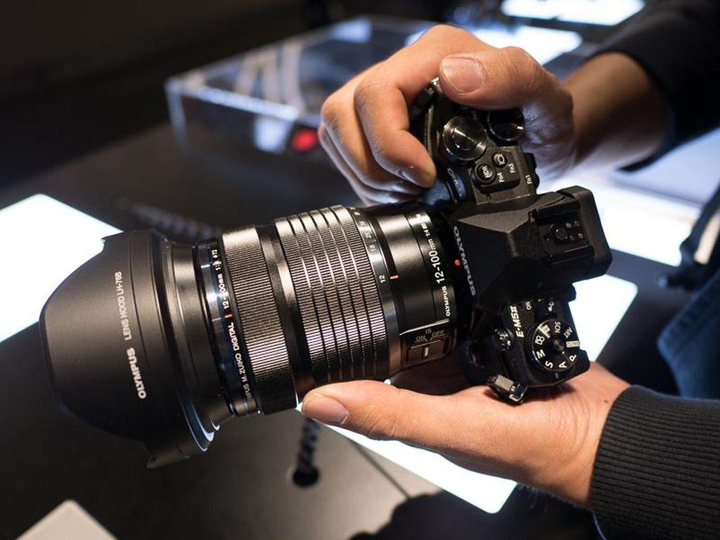 Teknologi Penting di Kamera Mirrorless