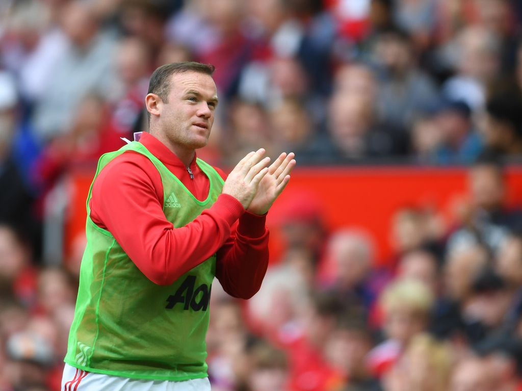 Saran Sheringham ke Rooney: Kembalilah Tampil Sangar dan Liar